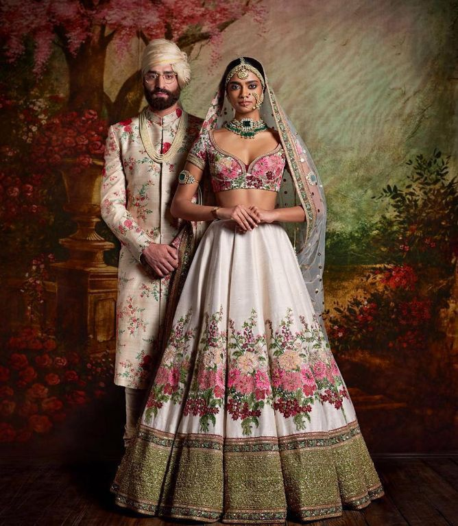 Stylish Ways To Co Ordinate Your Sherwani With Your Bride