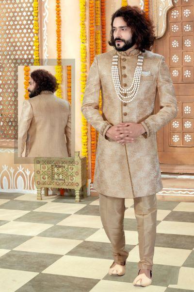 Gold Banarasi Jaquard Mens Sherwani (NMK-4337)